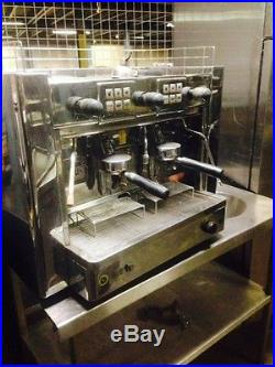 2 GROUP COMMERCIAL ESPRESSO/CAPPUCCINNO COFFEE MACHINE WITH GRINDER