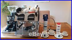 COMMERCIAL EXPOBAR ESPRESSO COMPACT COFFEE MACHINE (accomodates takeaway cups)
