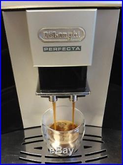 DeLonghi ESAM 5400 Perfecta Bean to Cup Espresso & Cappuccino Coffee Machine