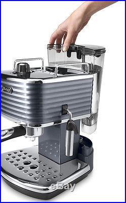 DeLonghi Scultura ECZ 351. GY Pump Espresso Coffee Pod Machine Genuine New
