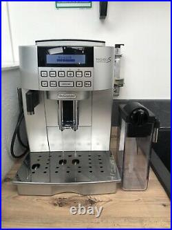 De'Longhi ECAM22.360. S Fully Automatic Bean to Cup Coffee Machine Silver