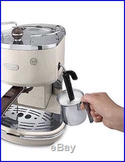 De'Longhi Icona Kettle and 4 Slice Toaster Espresso / Coffee Machine Cream