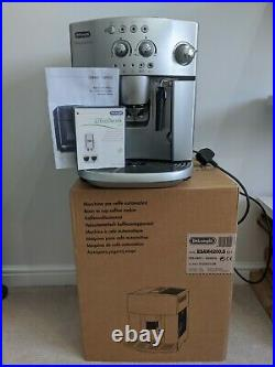 De'Longhi Magnifica ESAM 4200 Bean-to-Cup Coffee Machine