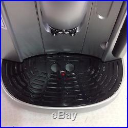 Delonghi Magnifica Bean to Cup Espresso/Cappuccino Coffee Machine ESAM4200