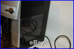 Delonghi Magnifica ESAM 3200. S Compact Bean to Cup Coffee Machine Silver. 2
