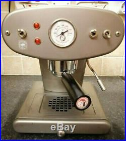 Francis Francis X1 2nd Gen espresso machine ground coffee or capsule Illy 220v