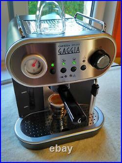 Gaggia Carezza DeLuxe Espresso Coffee Machine, 15 Bar 1900W