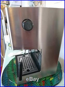 Gaggia Classic 2 Cups Espresso Machine brushed steel coffee machine