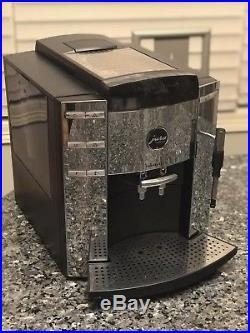 Jura Impressa F9 Automatic Coffee Espresso Machine Center, Polished Finish
