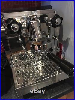 Rocket Espresso GIOTTO EVOLUZIONE V2 coffee machine