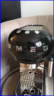 SMEG ECF01 Espresso Coffee Machine Black Retro HARDLY USED RRP £280