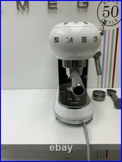 Smeg ECF01WHUK Espresso Coffee Machine 50's Retro in White-Return